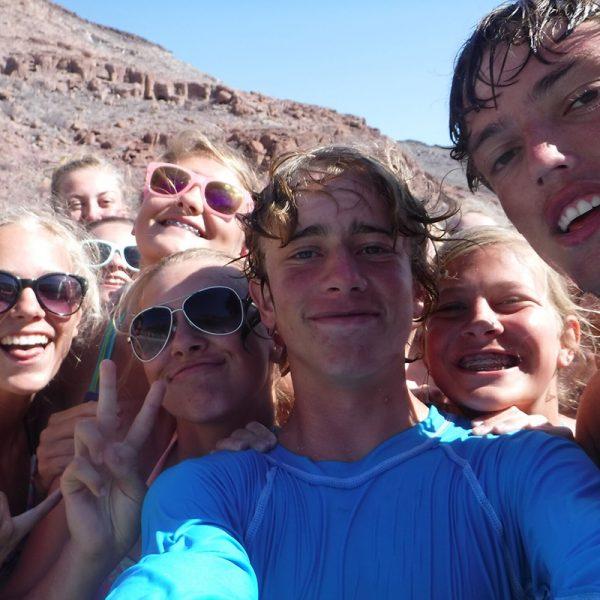 Baja-Sur-students-selfie